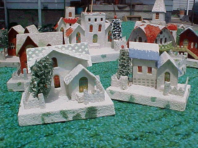 History of Christmas Village Putzes and train layouts during 1930s.